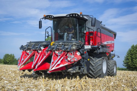 MF7370 BETA Combine Working Maze Italy Oct 2015 1312 127403
